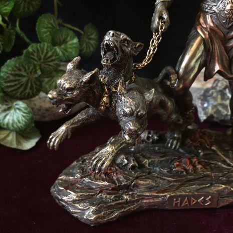 Статуэтка ''Аид - бог подземного мира'' WS-1102