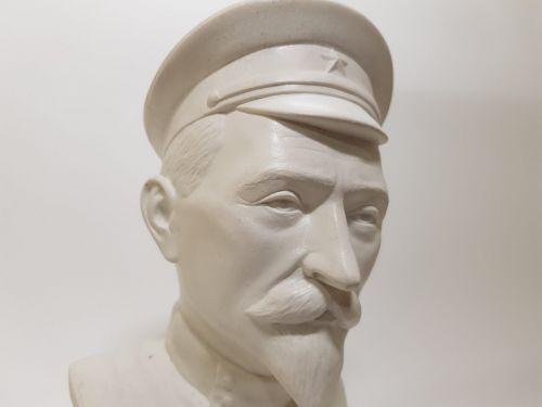 Бюст Феликса Дзержинского BA-035