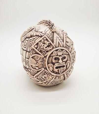 Череп ацтекского воина-змеи MU-013