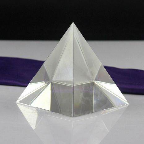 Пирамида хрустальная - гармонизатор пространства 5х5 см STK-3-2