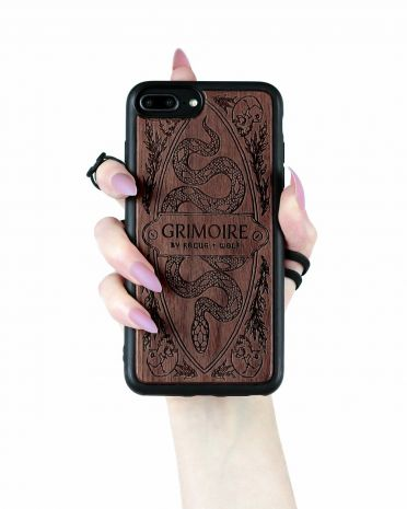 "Чехол для IPhone  11 ""Grimoire"" PCW-02-WA-IP11"