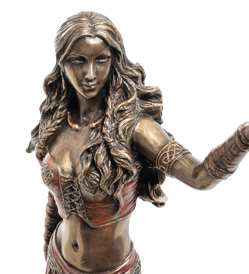 """Статуэтка """"Морриган - богиня рождения, войны и смерти"""""""